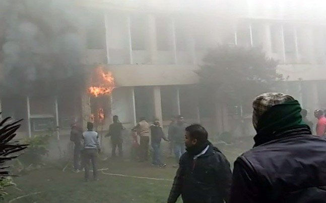 fire_hospital_647_010818124138