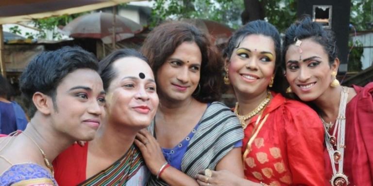 16042016-Transgenders-celebrate-Hijra-Day-transgenders-day-in-Kolkata-on-April-15-2016-840x420