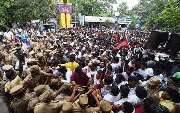 nti cab protest india students